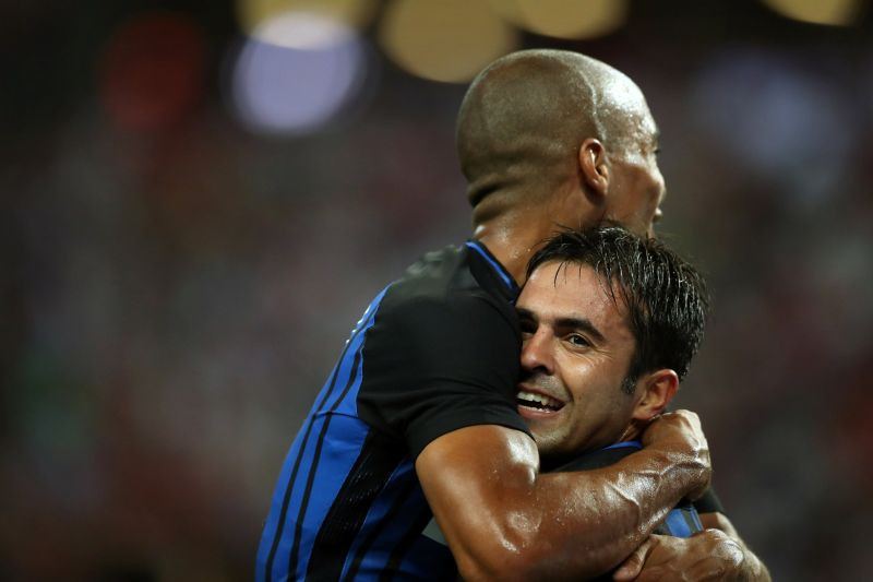 Football Soccer - Bayern Munich v Inter Milan - International Champions Cup Singapore - National Stadium, Singapore - July 27, 2017 - Inter Milan's Eder Martins celebrates with teammate Joao Mario after scoring. REUTERS/Yong Teck Lim