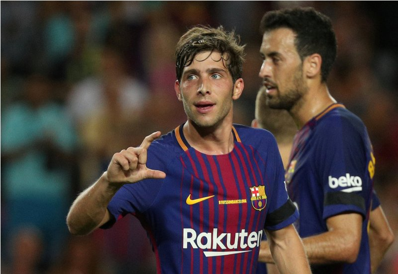 Soccer Football - La Liga - Barcelona vs Real Betis - Barcelona, Spain - August 20, 2017   Barcelona's Sergi Roberto celebrates scoring their second goal   REUTERS/Sergio Perez